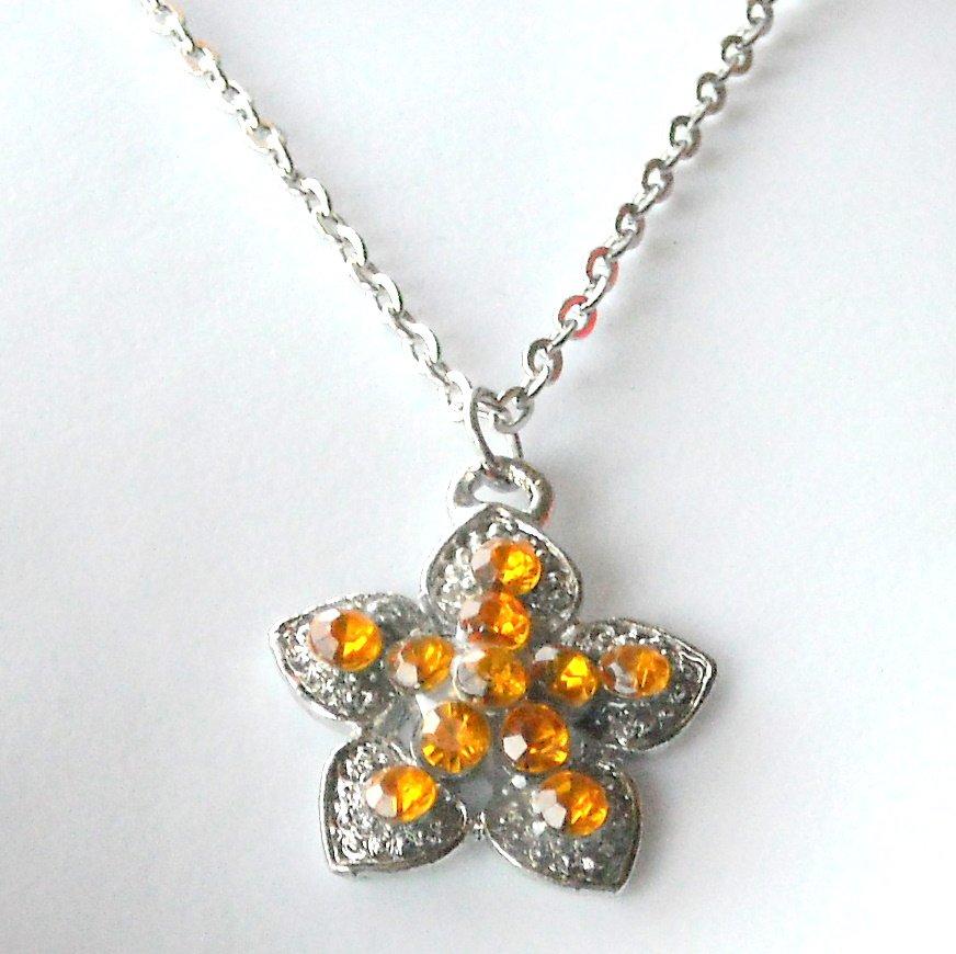 Austrian Crystal Topaz Yellow Birthstone Flower Shape Fashion Necklace