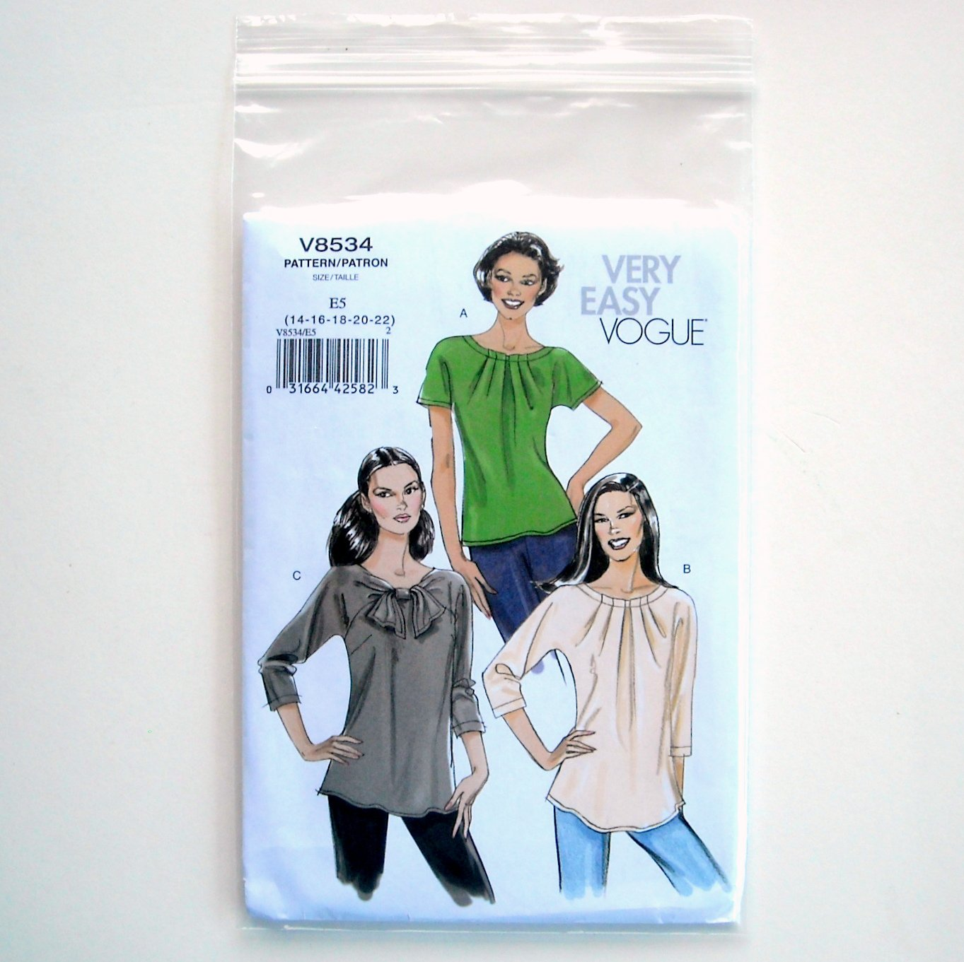 Misses Womens Top Vogue Very Easy Sewing Pattern V8534