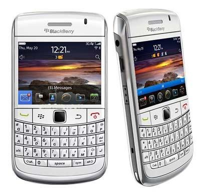 Blackberry Bold 9780 - White