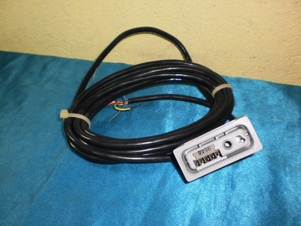 Allen Bradley 42LCB-5000 Photo Switch Cable Base