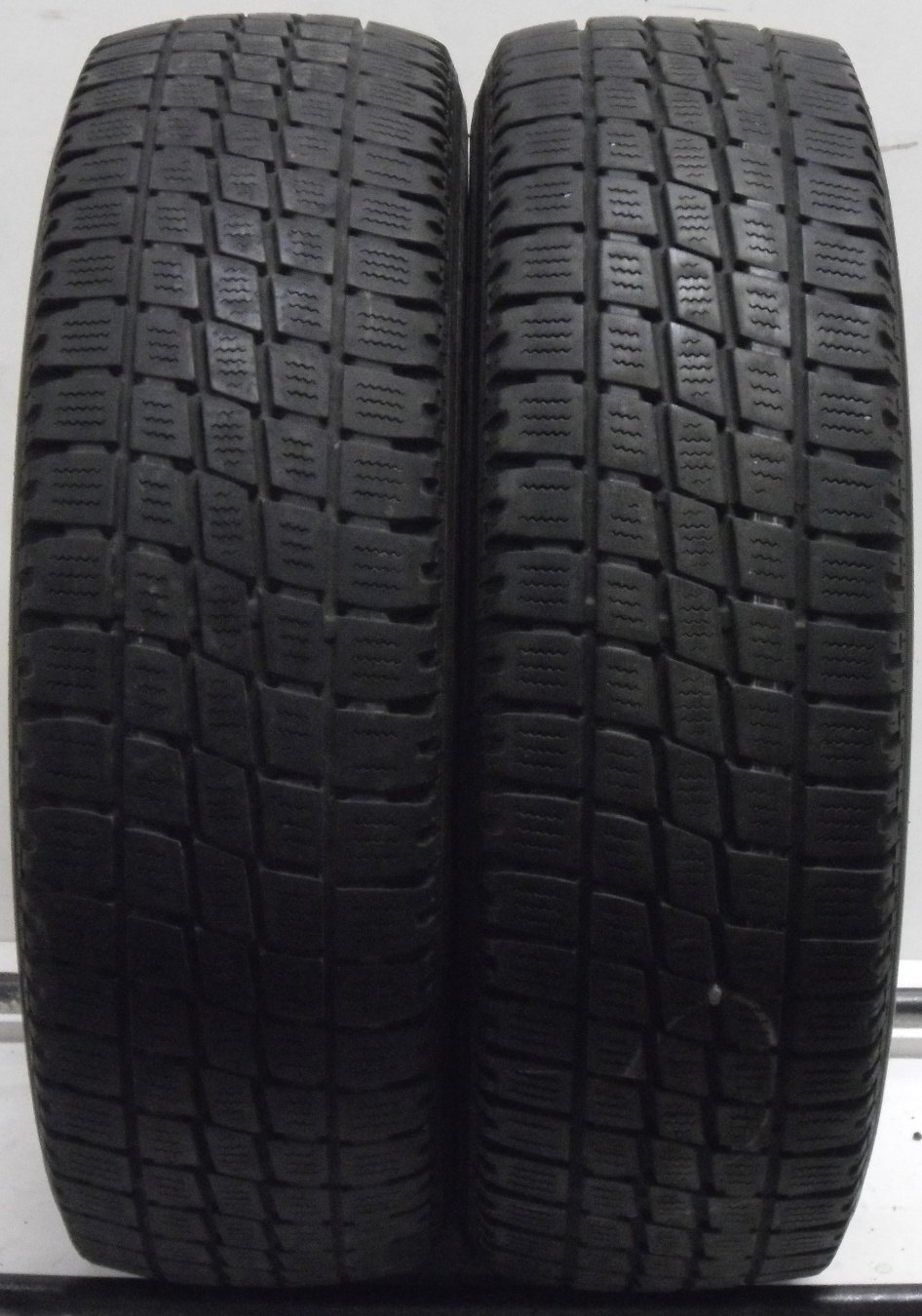 2 2057015 Toyo 205 70 15 Van Part Worn Car Tyres Ho9 Commercial x2 Two 4mm to 5.5mm