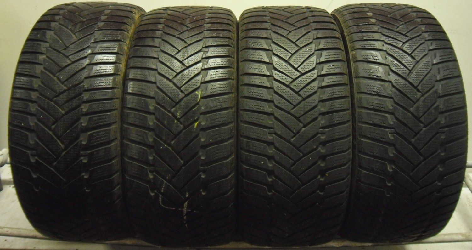 4 2454517 Dunlop 245 45 17 WINTER SNOW Part Worn Car Tyres M3 Sport x4 Four  4mm to 5mm