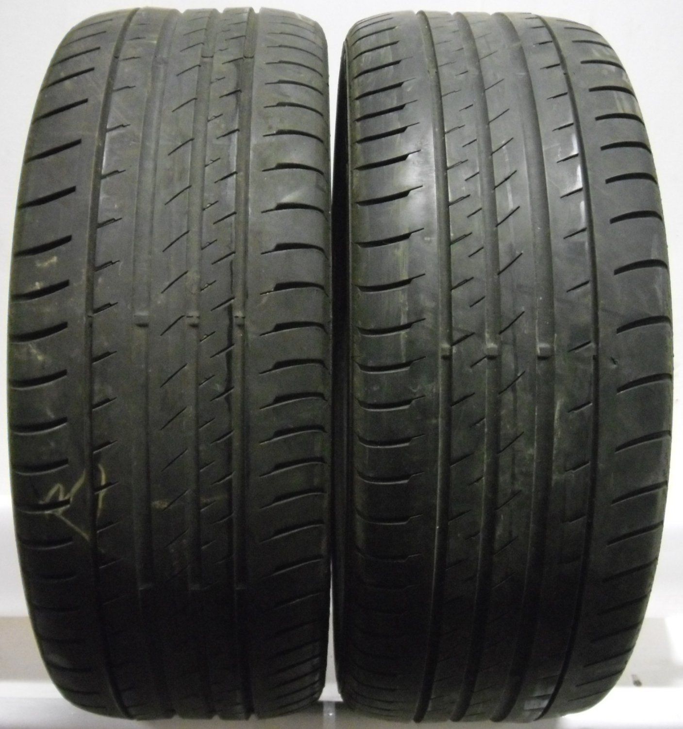 2 2354518 continental 235 45 18 conti sport contact 3 part worn used tyres x2. Black Bedroom Furniture Sets. Home Design Ideas