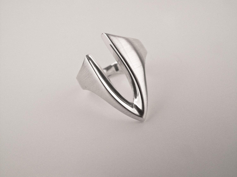 """V"" Silver Ring"
