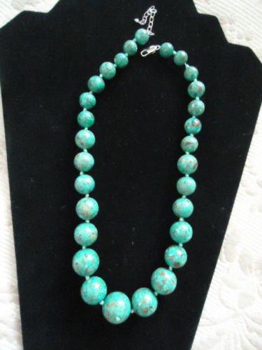 Mosaic Turquoise Graduated Bead Necklace, EUC!