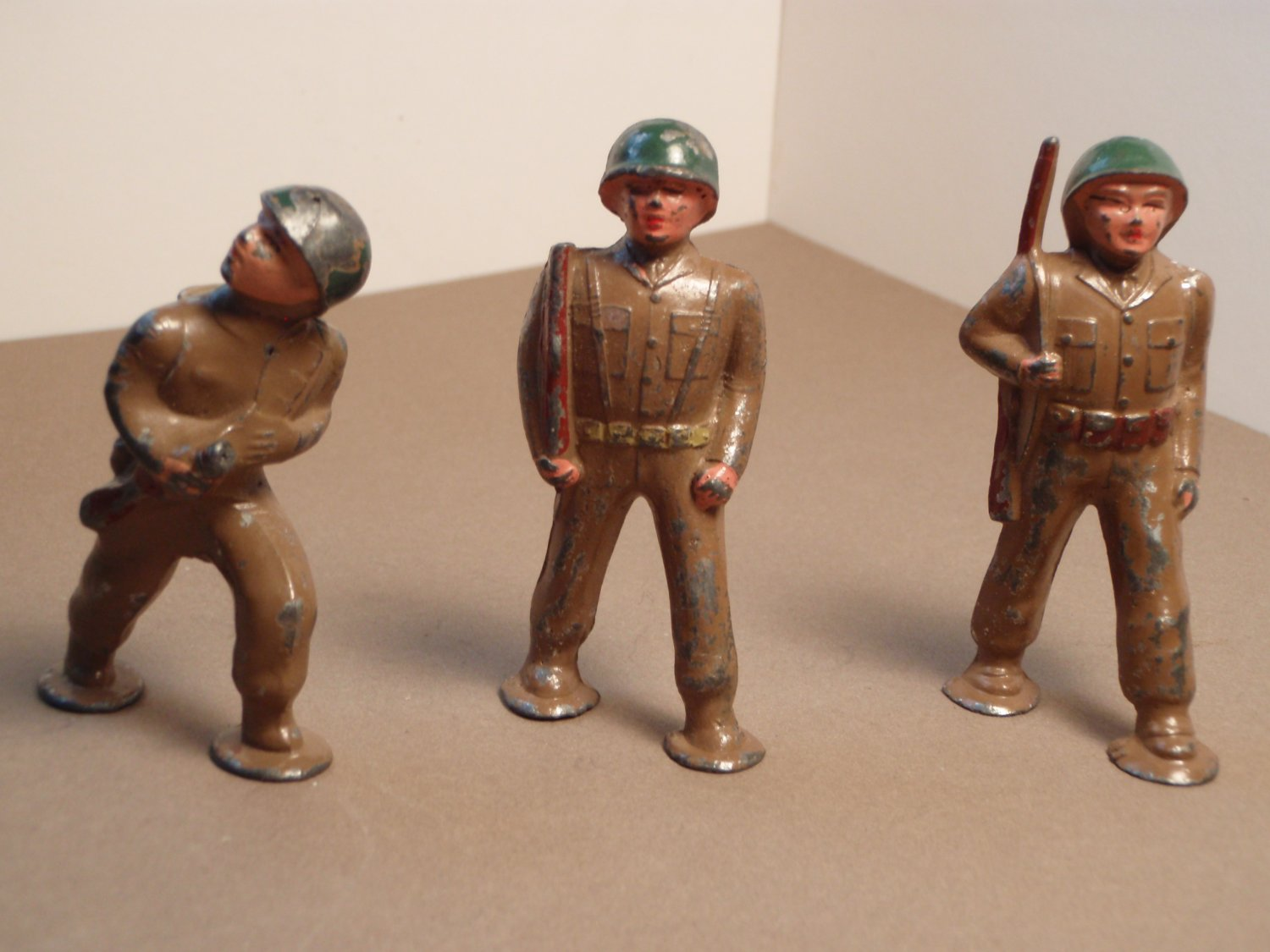 Vintage Barclay Podfoot Soldiers (3 Lead Soldiers)