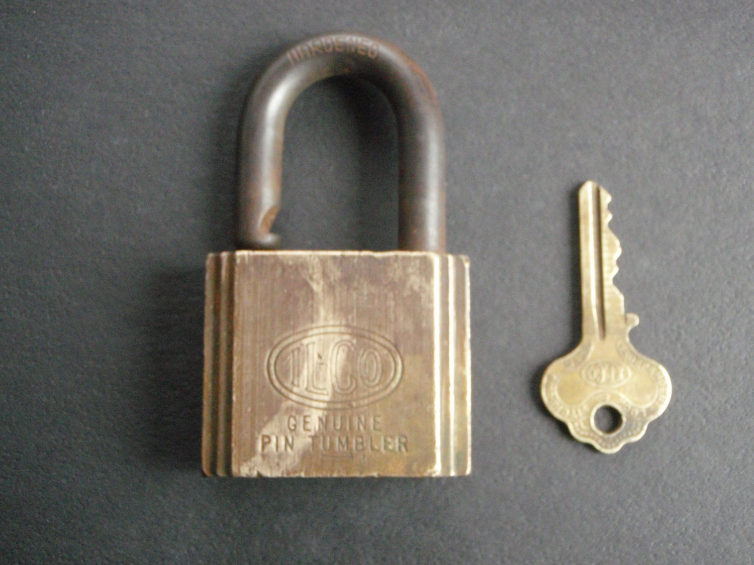 Vintage ILCO Genuine Pin Tumbler Lock & Key KXQ3004