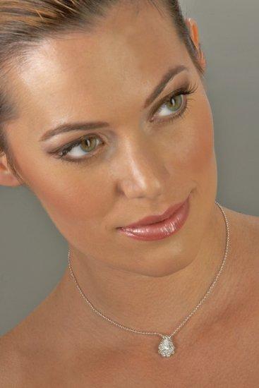 Single Jewel Rhinestone Necklace