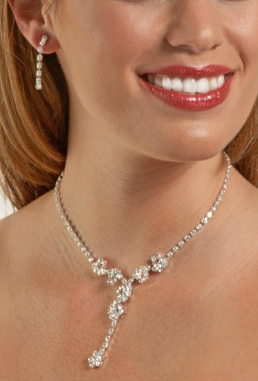 Swarovski Crystal Flower Drop Necklace Set
