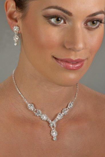 Jeweled Rhinestone Necklace Set