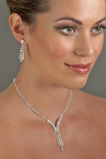 3-Row Drop Rhinestone Necklace Set