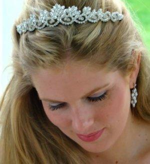 Shimmering Vintage Inspired Quinceanera Tiara