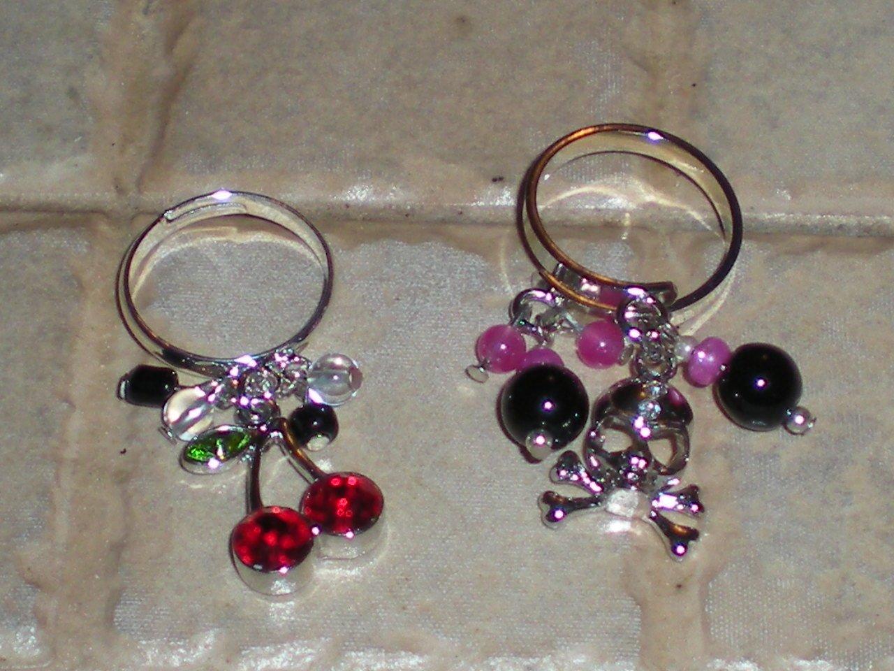Rockabilly charm ring