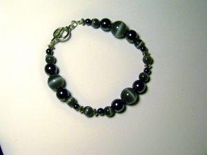 grey cat's eye bracelet