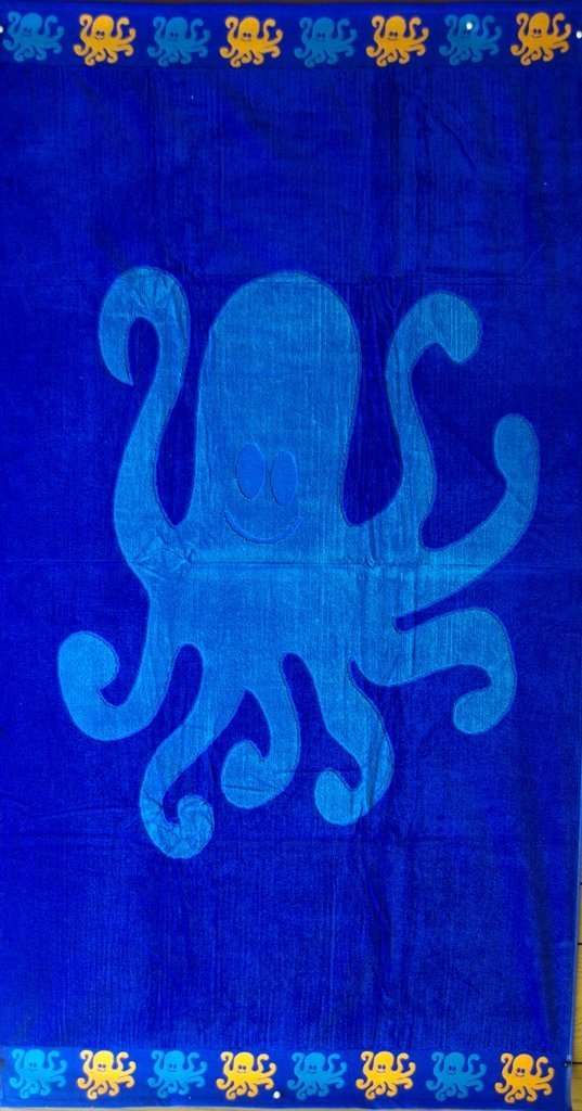 """Egyptian Cotton Beach Towel """"Octopus"""" (40x70 inches)"""