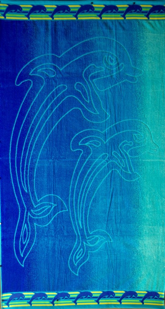 """Egyptian Cotton Beach Towel """"Dolphins"""" (40x70 inches)"""
