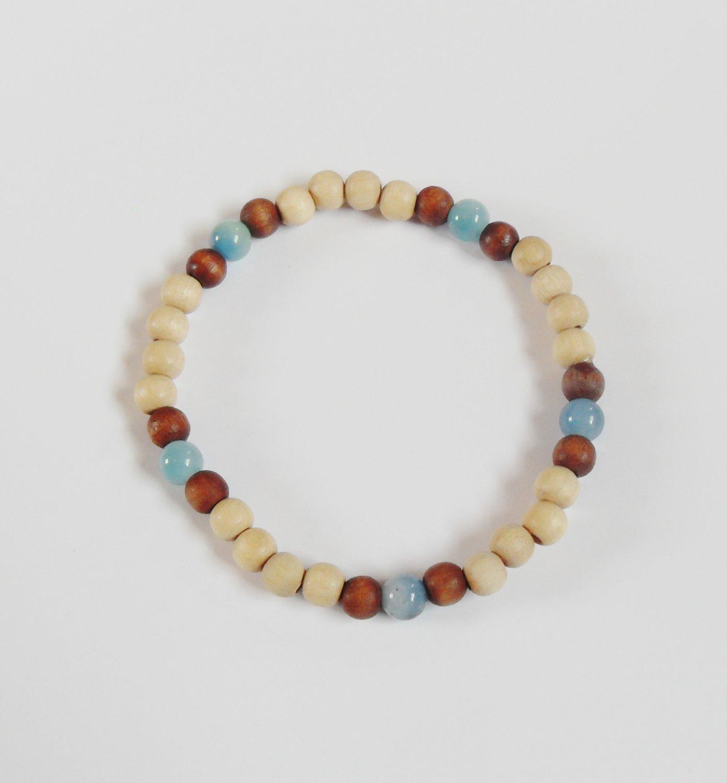 Medium wood and moss agate bracelet