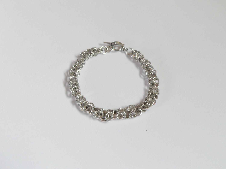 Thick byzantine bracelet