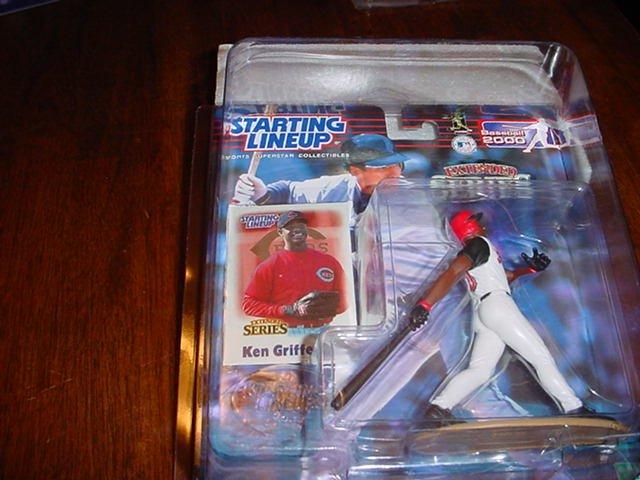 2000 Ken Griffey Jr Extended Series Figure W/Card