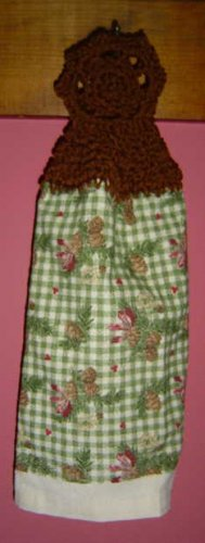 BUTTONLESS PINECONE KITCHEN TOWEL