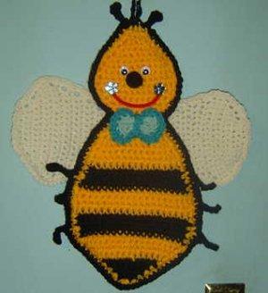 BUMBLE BEE CROCHET hanging