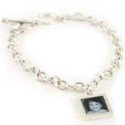 Sterling Silver Bracelet (One Charm)