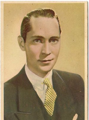 GODFREY PHILLIPS Franchot Tone MINT CARD