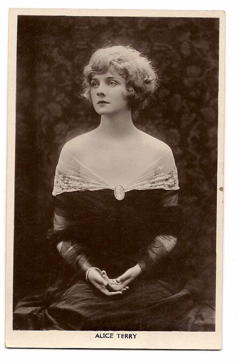 "ALICE TERRY PICTURE POSTCARD BRITISH MFD  No.57  ""Picturegoer""  Series, 88, Long Acre,London"