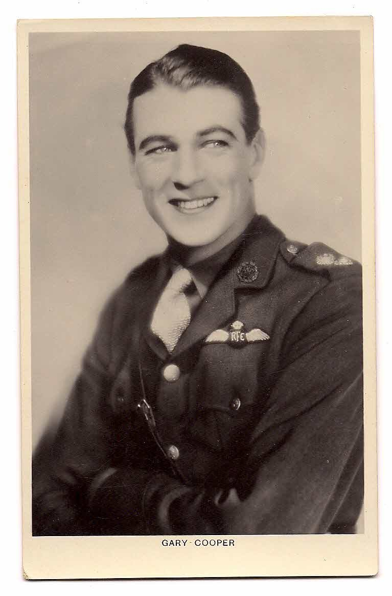 GARY COOPER PICTURE POSTCARD BRITISH MFD  No.333c  Picturegoer  Series, 88, Long Acre,London