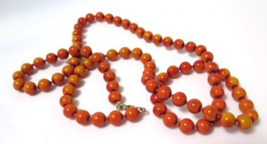 Wooden Rust Color Beaded Necklace 1960's