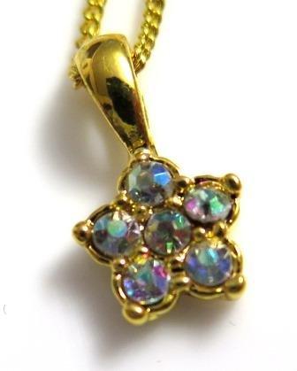 Dainty Rhinestone Flower Pendant Necklace