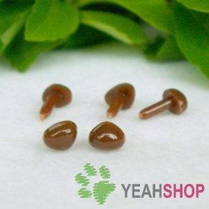 4.5mm Brown Triangle Safety Nose / Plastic Nose / Animal Nose - 10 pcs
