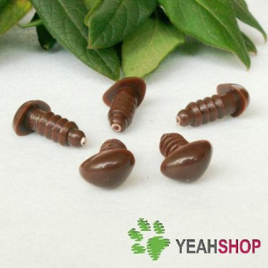 18mm Brown Triangle Safety Nose / Plastic Nose / Animal Nose - 5 pcs
