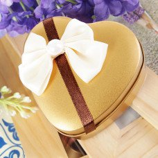 Gold Heart Shaped Favor Tin With Bow (Set of 6)
