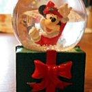 Disney Snow Globe - Undated - Pre-2003