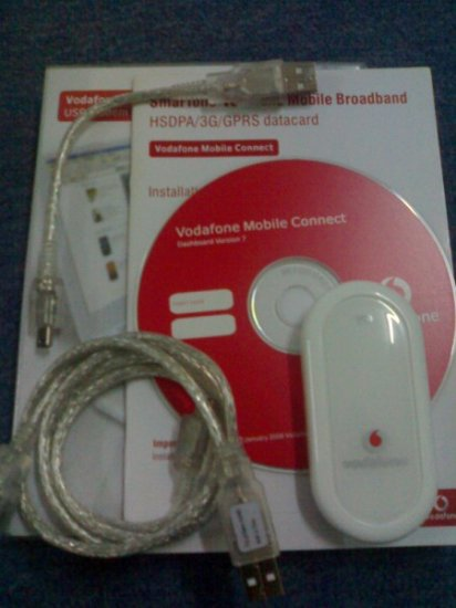 Vodafone Huawei E220 [3.5G(HSDPA)/3G/EDGE/GPRS] - UNLOCKED/NEW (inbox)