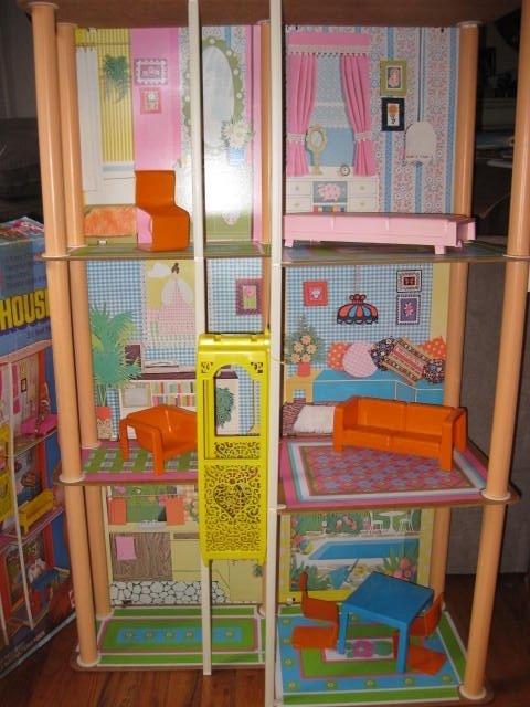 VINTAGE 1970s BARBIE TOWNHOUSE WITH ORIGINAL BOX