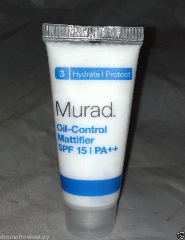 Murad Oil-Control Mattifier SPF15 PA++ for Acne-Prone Skin (10ml/.33oz) Mini BN