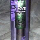 Urban Decay Waterproof Cream Eyeshadow *GRASS* Bright Emerald Grassy Green BNIB