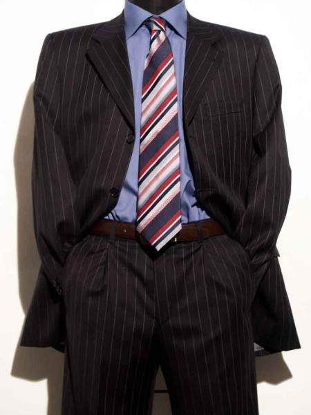 Vinici Mens Black Pinstripe 4 Buttons High Fashion Suits