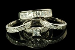 His And Her 4pcs Matching Set Wedding Ring Engagement Ring in sterling silver