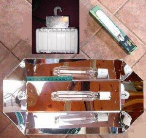 BIG GIANT REFLECTOR SUPER GROW LIGHT!! 1000 WATT!! HPS