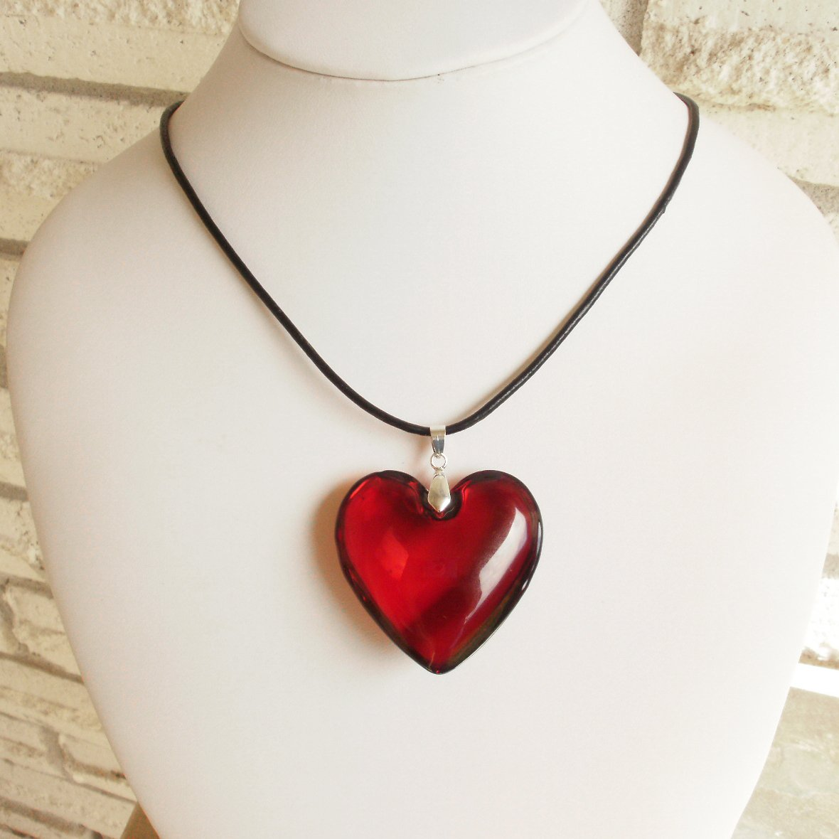Ruby red glass heart pendant necklace mozeypictures Images