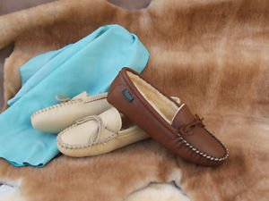 Women's Softsole Deertan Leather Slippers Sheepskin Lining Sizes 4-10 Made USA