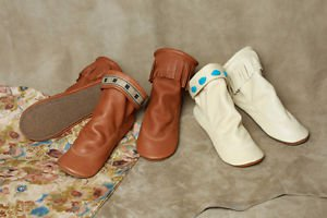 Womens Deertan Pull-on Teepee Boots Crepe Soles SIzes 4-10 Medium Multi-Color