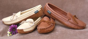 Womens Canoe Sole Deertan Leather Moccasins Cushion Insoles 4-10 Medium Made US