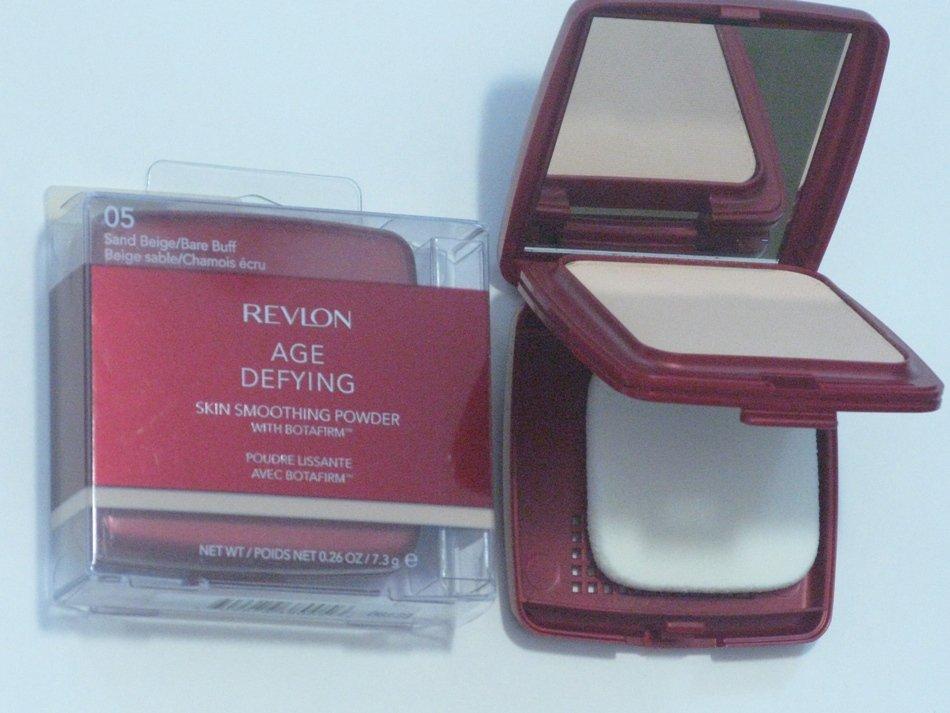 Revlon Age Defying Skin Smoothing Powder with BOTAFIRM Sand Beige #05