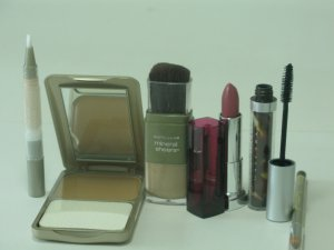 5 Pieces Mixed Brands Discount Cosmetic Set ( Set #11 )