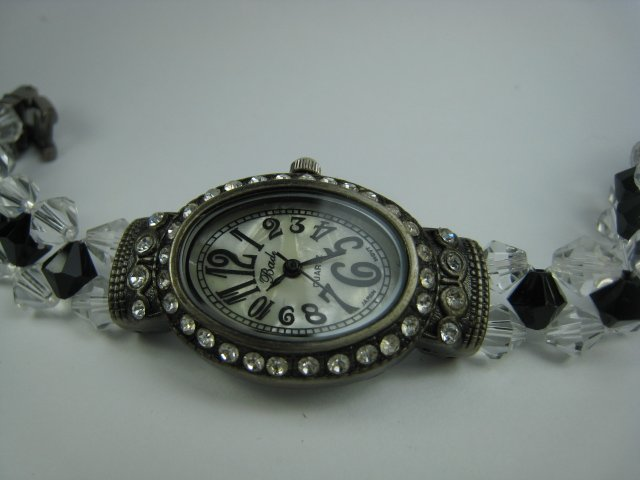 Exquisite Black Lady Watch