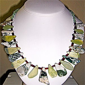 023N-Stylish Necklace.